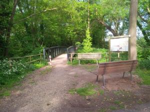 Sitzbank Brücke Boxteler Bahn 2